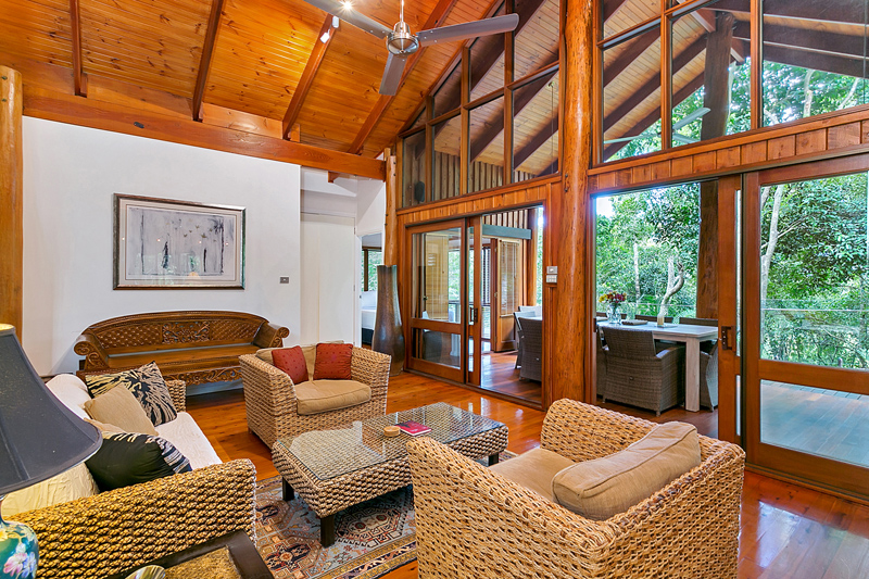 5 star family holiday cairns wanggulay five star for 5 star living rooms